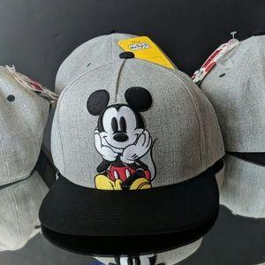 2e73dc562e0b3a Disney Accessories | Vtg 90s M Mickey Mouse Embroidered Plaid Hat ...